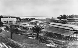 P-T2-18-5664  : CAMEROUN. DOUALA. LE MARCHE. - Cameroun