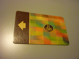 China Shanghai Yangtze Renaissance Hotel Room Key Card - Cartes D'hotel