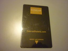 Turkey Istanbul Conrad Hotel Room Key Card (Harvey Nichols Woman Femme) - Cartes D'hotel