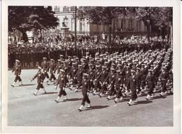 Photo  Défilé Militaire   Photo Noel  Neuilly Plaisance 24x18cm - Guerra, Militares