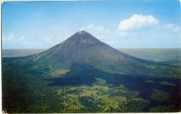 NICARAGUA  MOMOTOMBO  Volcan  Vulcano - Nicaragua