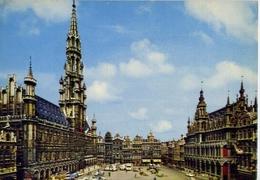 Bruxelles - Gran Place Hotel De Ville Et La Maison De Roi - Formato Grande Viaggiata – E 7 - Cartoline