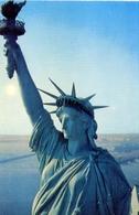 New York - Statue Of Liberty - Formato Grande Non Viaggiata – E 7 - Cartoline