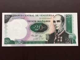 VENEZUELA P71 20 BOLIVARES 20.10.1987 UNC - Venezuela