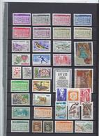 Andorre Collection Lot Vrac De 77 Timbres Neufs Sans Charnière Avec Carnets Et Feuillets - French Andorra