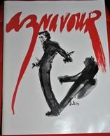 Rare Livret Sur Charles Aznavour De 58 Pages De Photos De Sa Vie - Objets Dérivés