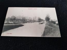 CP 54 LANEUVEVILLE Le Port ( Chemin De Halage Bateaux Péniches Habitation Attelage De Cheval Péniche Linge Lavoir ? ) - Other Municipalities