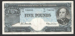 COMMONWEALTH OF AUSTRALIA 5 POUNDS 1960-65's,PREFIX TC/11 COOMBS - WILSON P#35a VF-XF - Pre-decimaal Stelsel Overheidsuitgave 1913-1965