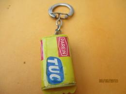 Porte-clé Publicitaire/Alimentaire/ TUC/Biscuit Apéritif/ Plastique/Vers 1960-1970  POC374 - Key-rings