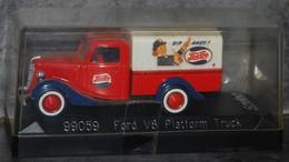 "FORD V8 Platform Truck ""Solido"" - Solido"