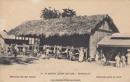INDONÉSIE. Ensemble 38 Cartes Postales, Années Diverses - Postcards
