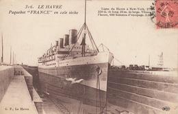 BATEAUX: Paquebots. Le «France» Et Le «Normandie». Envi - Postcards