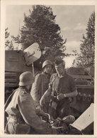 Postkarte Kampf Der SS-Gebirgsdivision Nord In Karelien – Unsere Schweren WH.-Panzer Sind Beliebt Bei Den Finnen - 1939-45