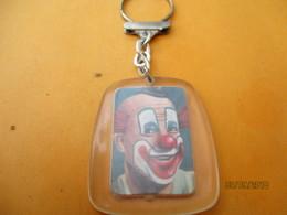 Porte-clé Publicitaire/Alimentation /Chocolat / MENIER/ Clown SUBITO/ Le Cirque/ Plastique /Vers 1960-1970  POC395 - Key-rings
