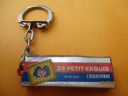 Porte-clé Publicitaire/Alimentation /Biscuits / Petit Exquis L'ALSACIENNE/ Plastique /Vers 1960-1970  POC389 - Key-rings