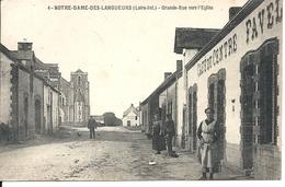 NOTRE DAME DES LANGUEURS. GRANDE RUE VERS L'EGLISE. CAFE DU CENTRE - France