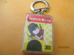 Porte-clé Publicitaire/Produit D'entretien/ SCOTCH-BRITE/plastique/Vers 1960-70     POC408 - Key-rings