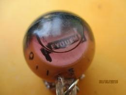 Porte-clé Publicitaire/Mécanique / Bougies Eyquem/ BOUSSOLE/plastique/Vers 1960-70     POC402 - Porte-clefs