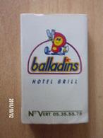 Boite D'allumettes Vide - Balladins / Peter Stuyvesant - Boites D'allumettes