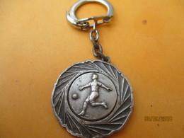 Porte-clé Commémoratif/Sport/ Foot/Entente Sportive USSEL/ Corréze/Promotion De Ligue//Saison 66-67    POC410 - Porte-clefs