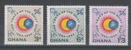 SERIE NEUVE DU GHANA - ANNEE INTERNATIONALE DU SOLEIL CALME N° Y&T 156 A 158 - Astronomie