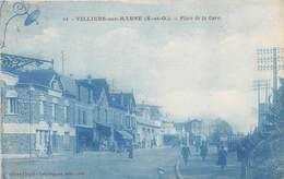 VILLIERS SUR MARNE - Place De La Gare - Villiers Sur Marne