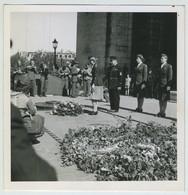 Défilé Féminin Du 14/05/1945. La Communauté Des Wacs (Women Army Corps) Dépose Une Gerbe Au Soldat Inconnu. - Luftfahrt