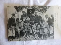THABORS MAROCAINS PRENANT LA POSE - Oorlog 1914-18