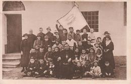 OPERA NAZIONALE PER IL MEZZOGIORNO D'ITALIA Colonia Alpina PRAGELATO Vescovo Mons. Bortolomasi Con I Figli Dei Caduti - Publicité