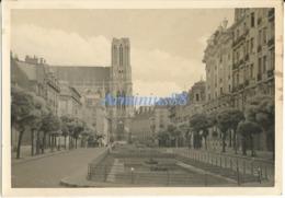 La France Sous L'occupation - Reims - Cathédrale Notre-Dame De Reims - 12.10.42 - Guerre, Militaire
