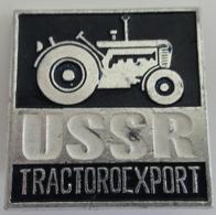 Russian Soviet Tractoroexport USSR Pin Badges Russie - Russland - Rusland - Merken