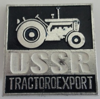 Russian Soviet Tractoroexport USSR Pin Badges Russie - Russland - Rusland - Marques