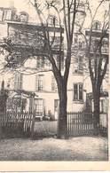 CPA - PARIS, Oeuvre De Miss De Broen A BELLEVILLE (pres Les Buttes Chaumont ) - Distretto: 19