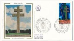FRANCE - Enveloppe FDC - Mémorial V° Anniversaire - 52 COLOMBEY LES DEUX EGLISES & PARIS - 18.6.1977 - De Gaulle (Général)