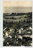 74.  LARRINGES . Le Village . Le Chateau Et Le Lac . - France