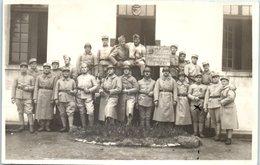Militaire - Le Peloton Les Hirondelles De La Mort Vive La Classe Képi N°170 - Régiments