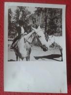 ANTIGUA FOTO FOTOGRAFÍA PHOTO JOVEN NIÑO CON SOMBRERO MONTADO A CABALLO BOY HORSE HORSES Chevaux  PFERDE CAVALLI CAVALLO - Fotografía