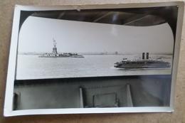 ARRIVEE A NEW YORK. Fait Parti D'un Lot Sur Le Champlain Et Normandie ( Bateaux ) - Bateaux