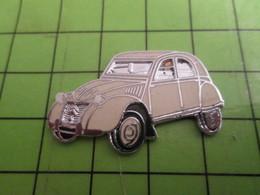 1218b Pin's Pins / Beau Et Rare : Thème AUTOMOBILE/ EN LEGER RELIEF SUPERBE CITROEN 2CV DEUDEUCHE - Citroën