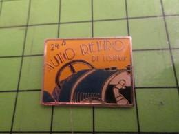 1218b Pin's Pins / Beau Et Rare : Thème AUTOMOBILE/ COURSE ? 24 H AUTO RETRO DE LISIEUX - Badges