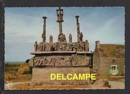 DF / 29 FINISTERE / SAINT-JEAN-TROLIMON / TRONOEN : FAÇADE EST DU CALVAIRE / CIRCULÉE EN 1972 - Saint-Jean-Trolimon