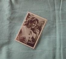 Brigitte Bardot / Original Postcard/ 409 - Artistes