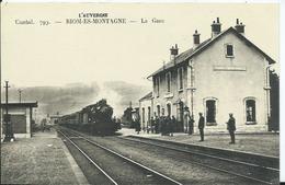 RIOM-ES-MONTAGNE - La Gare - Francia