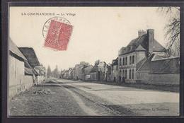 CPA 27 - LA COMMANDERIE - Le Village - TB PLAN Route CENTRE Village - Animation - Détails Maisons 1906 - Altri Comuni