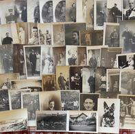 Lot De 50 Cartes Photos  - Hommes, Militaires, Divers - Cartes Postales