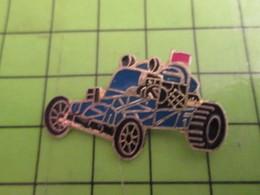 1218c Pin's Pins / Beau Et Rare : Thème AUTOMOBILE / BUGGY BLEU ET NOIR - Badges