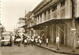 French Guiana, Guyane, CAYENNE, Rue Molé, Passage Du Carnaval (1960s) Postcard - Cartes Postales