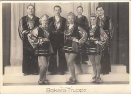 BOKARA-TRUPPE, Orig.Fotokarte Mit Widmung 1943, Gebrauchsspuren Von Klammern - Zirkus
