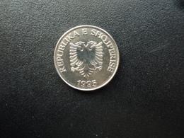 ALBANIE : 5 LEKE   1995    KM 76     Non Circulé - Albania