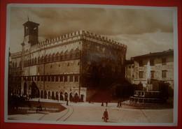 PERUGIA - PALAZZO COMUNALE - Perugia